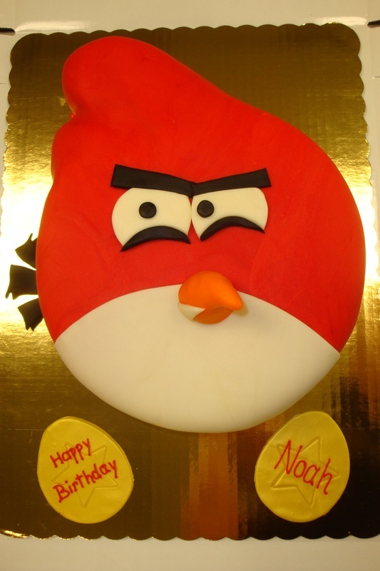 30 serving Angry Bird fondant $150