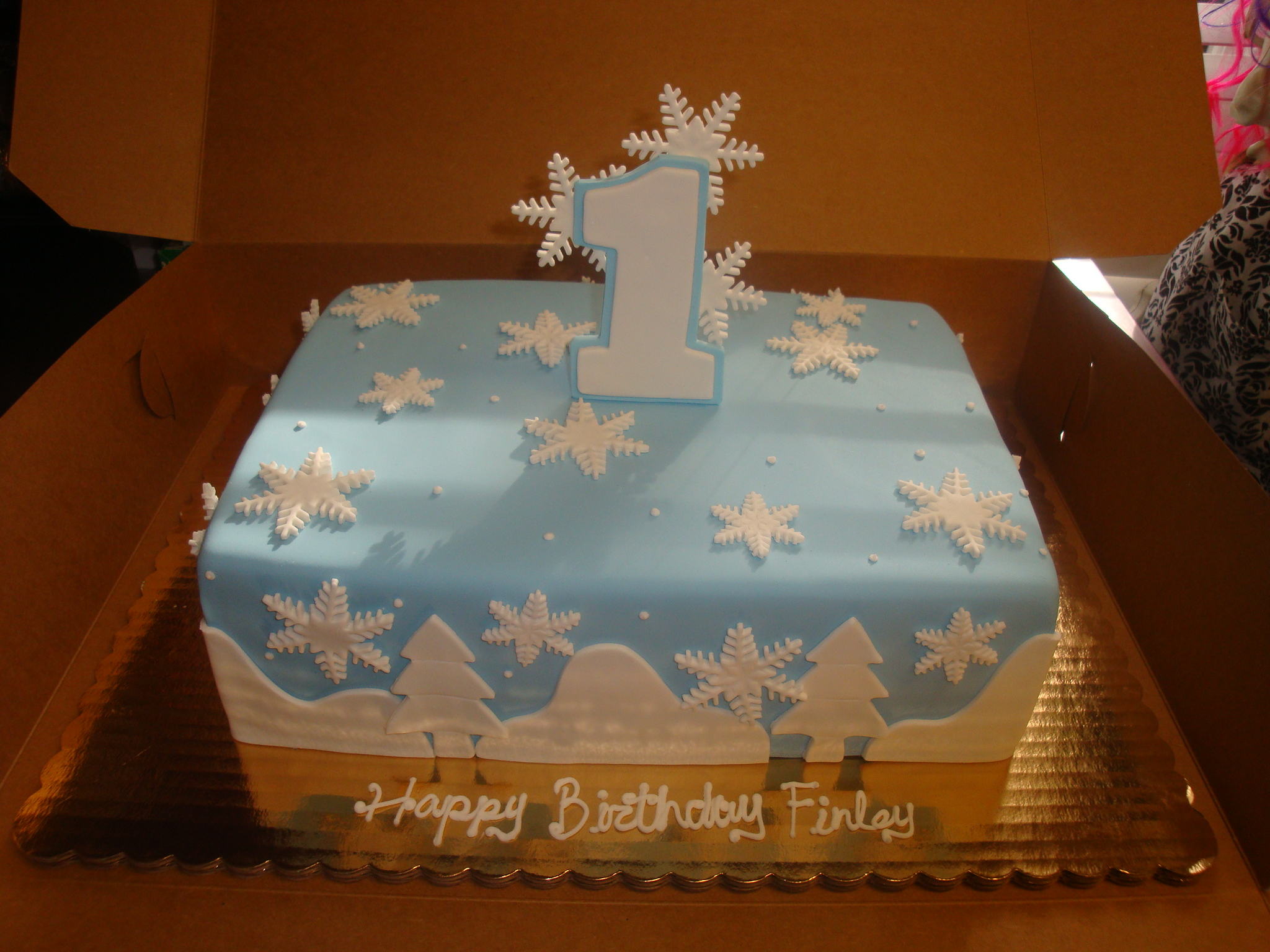 30 servings fondant covered $165