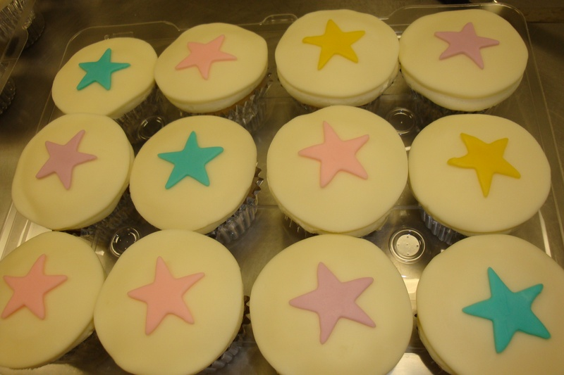 full fondant topped cupcakes $3.50 each