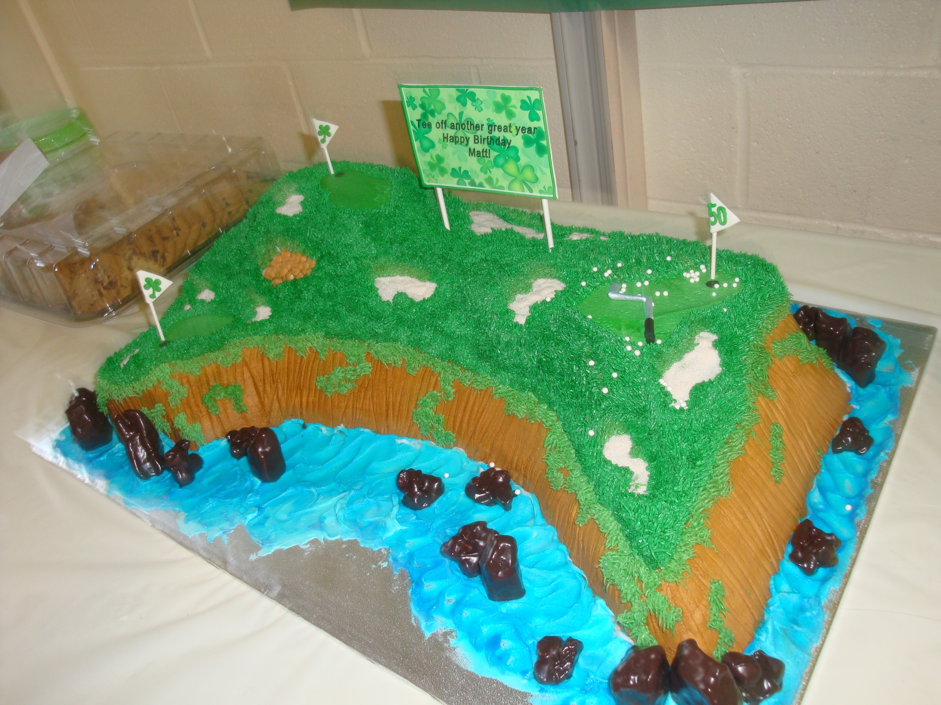 60 serving pebble beach golf cake $4/serving