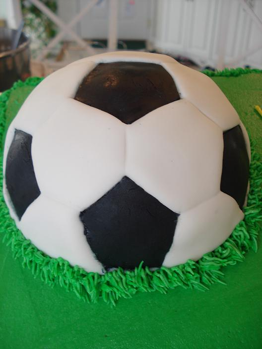 fondant soccer ball 30 servings  $150